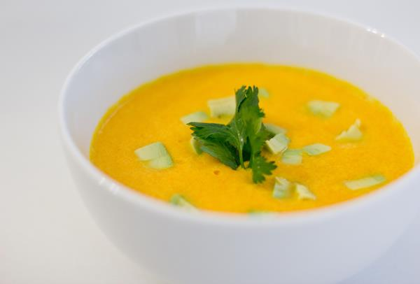 healthy-coconut-carrot-soup
